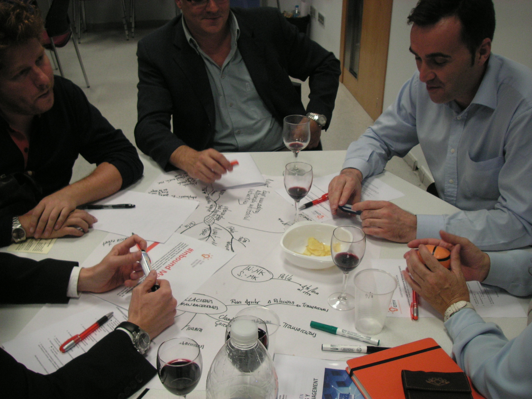 Conversaciones que generan NetWorking 4.0 – #vlc_business el jueves 15 de Noviembre a las 18.30 en Holiday Inn Valencia